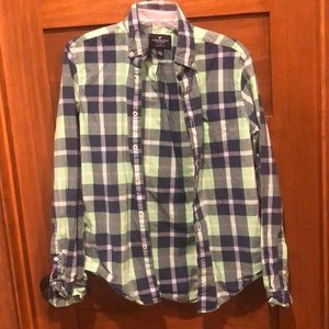 American Eagle 🦅 green blue button up shirt XS